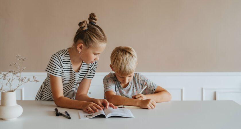 Dzieci, które piszą ręcznie, uczą się i zapamiętują więcej